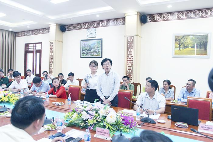 """Tổ chức hội thảo """"Nhà trường và doanh nghiệp phối hợp thực hiện chương trình đào tạo và tuyển dụng"""""""